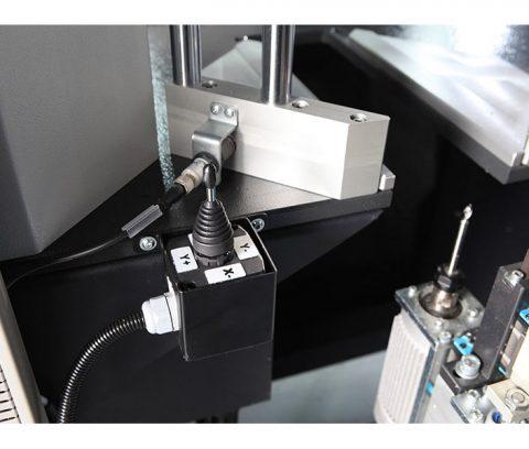 Masina de debavurat cu CNC4