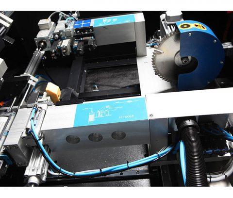 Masina de debavurat cu CNC7